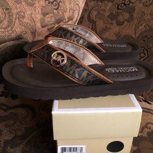 Mk sandals 👡 NWT
